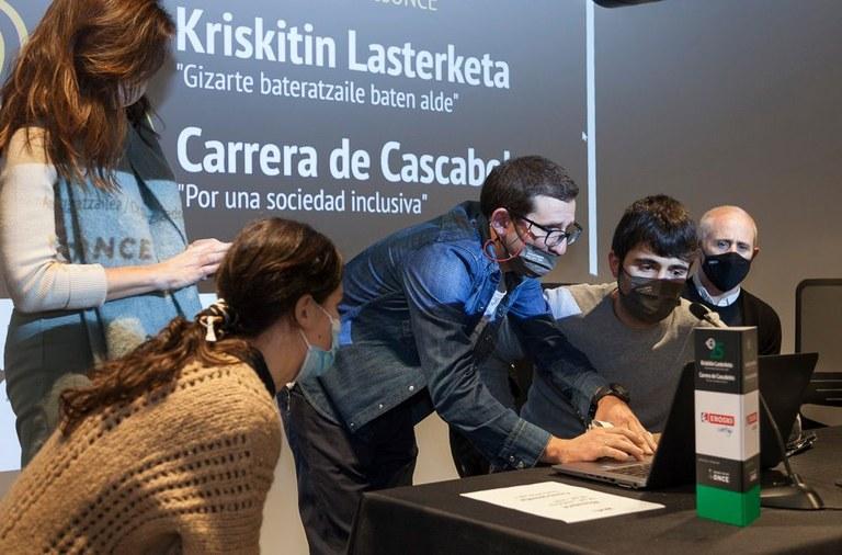 Carrera de Cascabeles virtual de Bilbao presidida por el Alcalde Juan Mª Aburto